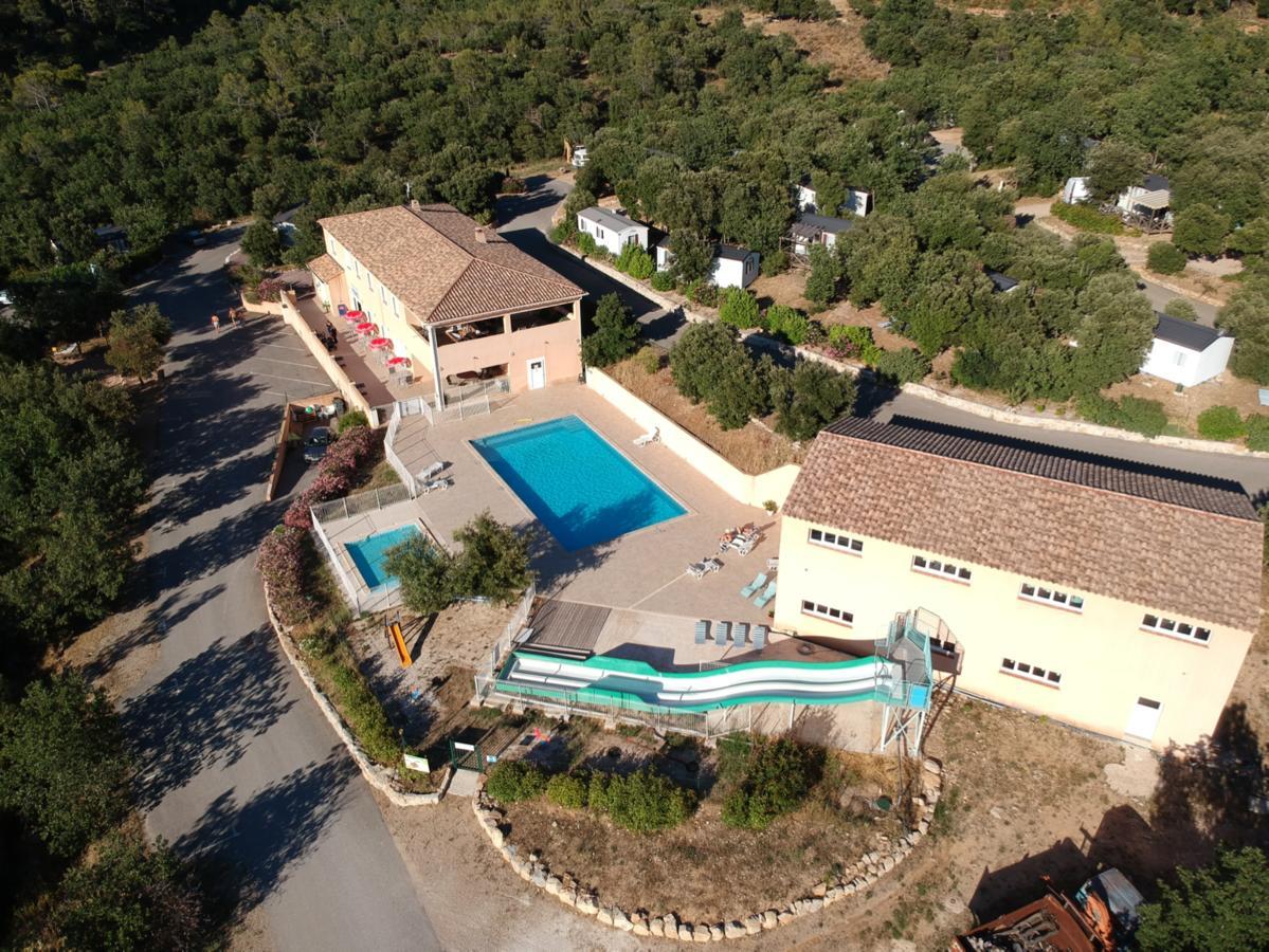 Parc Résidentiel de Loisirs - Résidence de Vacances Rocbaron Soleiluna